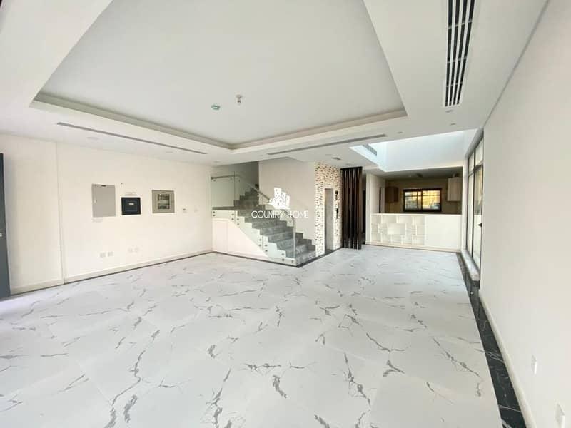 Unique 4Bhk  Villa |  Private Elevator | DLD Waiver