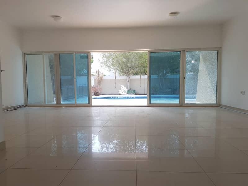 2 Beautiful Villa  4BR + Study Private Pool