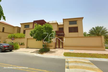 5 Bedroom Villa for Rent in Al Raha Golf Gardens, Abu Dhabi - Single Row Luxurious 5 BR Villa with Private Pool and Garden