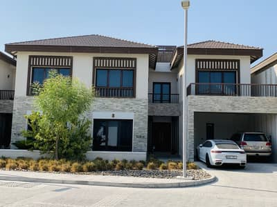 5 Bedroom Villa for Rent in Al Reem Island, Abu Dhabi - Jaw Dropping Sea/Beach View 5 Bedrooms Villa in an Elite Class Community with Amenities