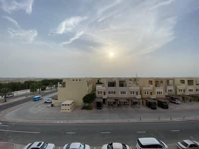 فلیٹ 1 غرفة نوم للايجار في واجهة دبي البحرية، دبي - Community Facing 1 BR With Laundry Room