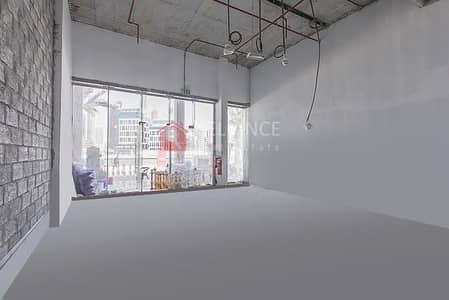 محل تجاري  للايجار في الخليج التجاري، دبي - Cheapest Price Prime Location Shall & Core shop