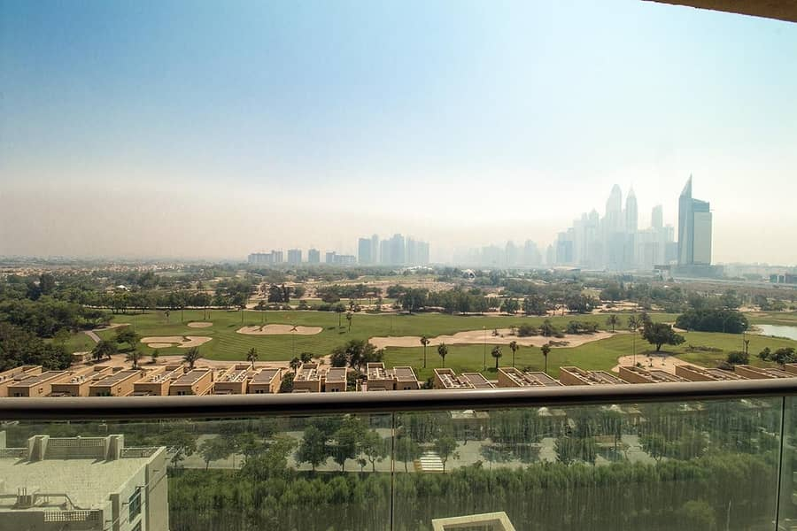 Golf Course View - Maintained & Bright Apartment