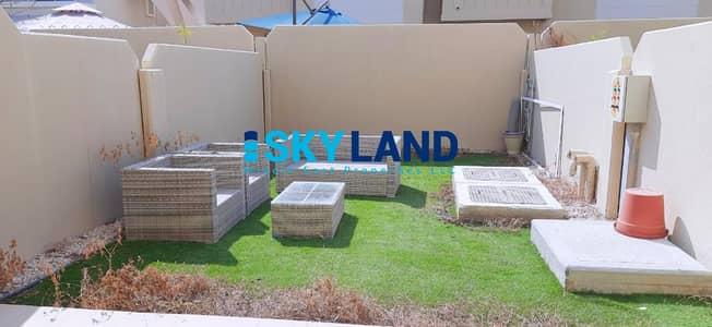 فیلا 3 غرف نوم للايجار في الريف، أبوظبي - VACANT! Semi-Single Row 3+Study w/ Private Garden