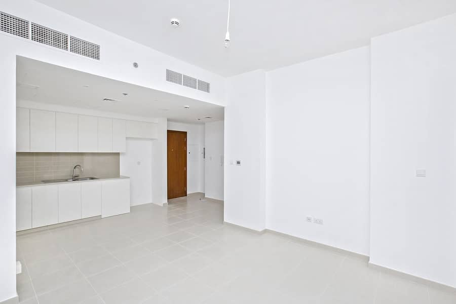 10 Ready | Call for Viewing Now | Spacious and Pleasant 2 BR