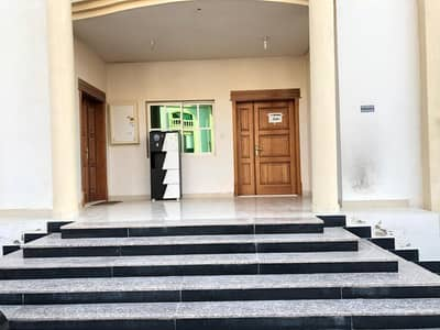 1 Bedroom Flat for Rent in Shakhbout City (Khalifa City B), Abu Dhabi - Privet entrance 3 payment or monthly inside villas compound