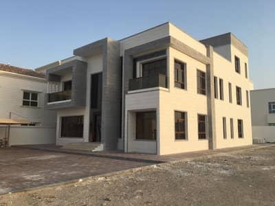 فیلا 10 غرف نوم للبيع في مدينة شخبوط (مدينة خليفة ب)، أبوظبي - Villa for sale in Shakhbout city directly on the commercial street