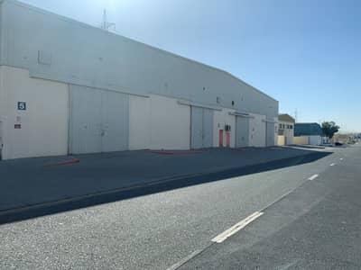 مستودع  للايجار في المنطقة الصناعية، الشارقة - مستودع في المنطقة الصناعية 18 المنطقة الصناعية 45000 درهم - 4716870