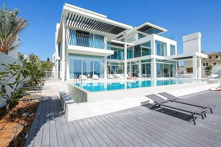 6 Bedroom Villa for Sale in Palm Jumeirah, Dubai - One Of Custom Built Villa | Amazing Skyline Views