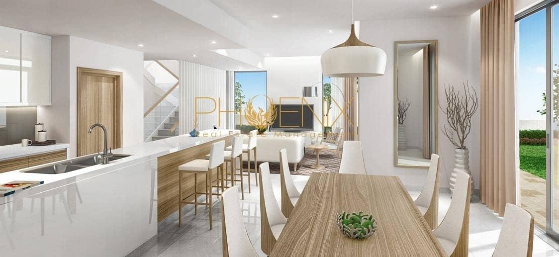 2 Amazing 6 Bedroom Villa | Huge Layout | Vibrant and Amazing Ambiance