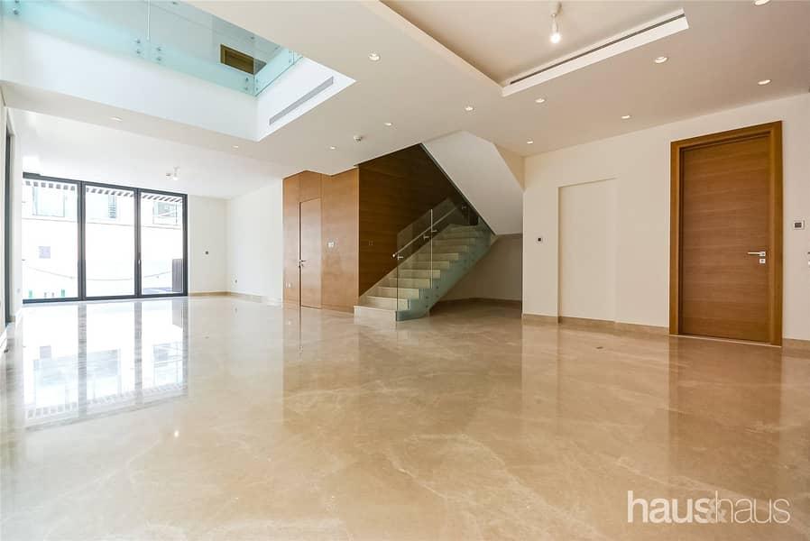 2 4 Bedroom Villa | Private Pool | Luxury Finishing