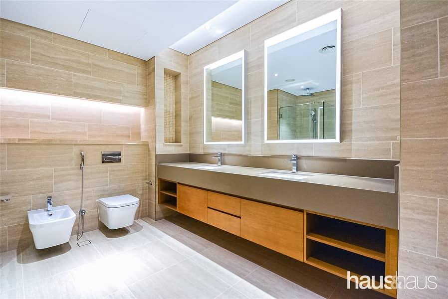 10 4 Bedroom Villa | Private Pool | Luxury Finishing