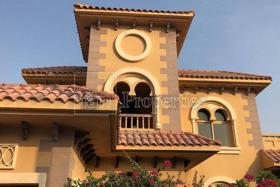2 5br Villa | falcon city | huge plot |
