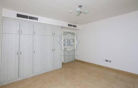 فیلا 3 غرف نوم للايجار في الصفا، دبي - Spacious 3 bedroom in Al Safa. Great location with easy access