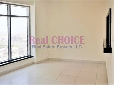 2 Bedroom Apartment for Rent in Downtown Dubai, Dubai - Pool View|Large Layout|Chiller Free 2BR Apartment