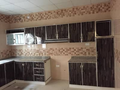 Villa for rent first clean inhabitant close to the street in Al Rawda 1 area