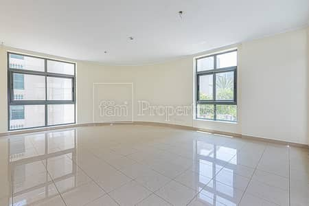 2br| large layout |pool view|no agents|
