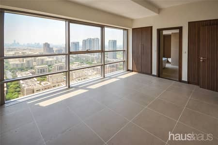 2 Bedroom Apartment for Rent in The Greens, Dubai - 418 Sq.Ft   Golf course view