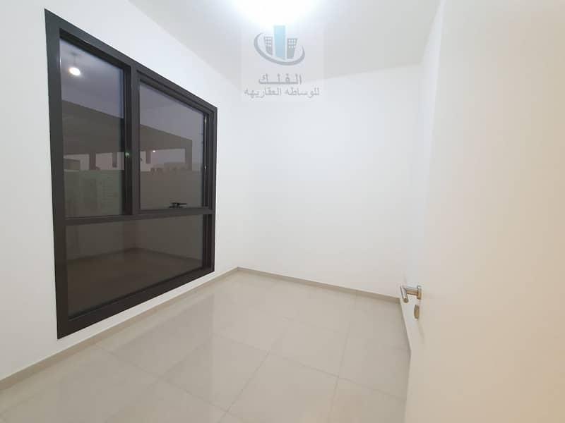 للبيع وحدة ركنية 4 غرف نوم جاهزة للسكن في مساكن النسمة