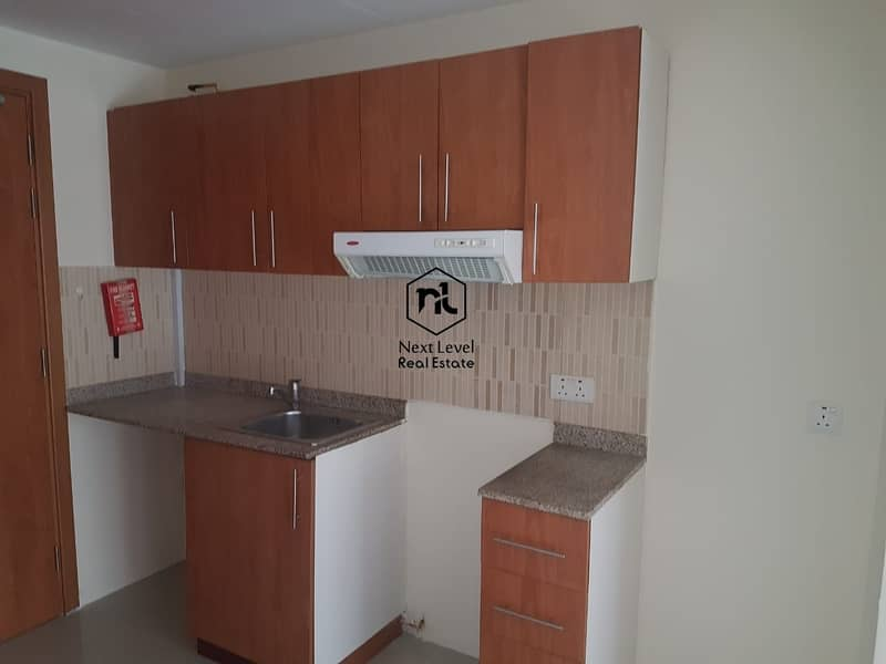 2 advance booking city center facing with balcony and parking in 1 to 6 cheques