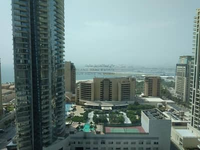 1 Bedroom Flat for Rent in Dubai Marina, Dubai - Sea View | High Floor | Unfurnished Apt.