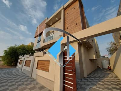5 Bedroom Villa for Sale in Al Yasmeen, Ajman - Luxury design villa, large area, close to all services, the finest areas of Ajman (Al Yasmeen), freehold for all nationalities