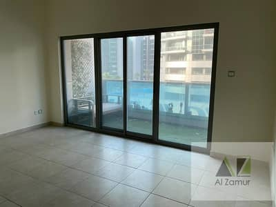 1 Bedroom Apartment for Rent in Dubai Marina, Dubai - Lavish Furnished One BR In Zamurd Tower Marina View  One Month Free