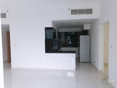 2 Bedroom Apartment for Rent in Business Bay, Dubai - Amazing Burj Khalifa View   Spacious 2 Bedroom Apt!!!