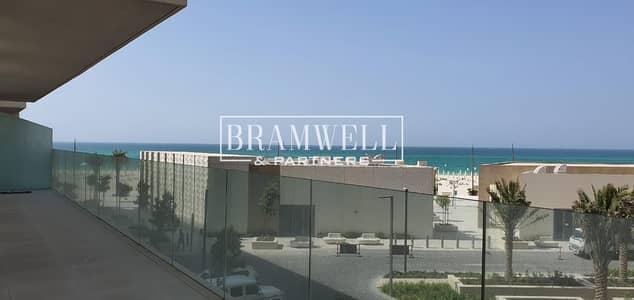 فیلا 3 غرف نوم للايجار في جزيرة السعديات، أبوظبي - Brand New 3 Bedroom  Apartment With Beach Access!