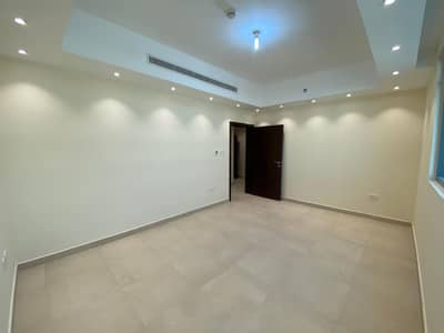 2 Bedroom Flat for Rent in Al Nahyan, Abu Dhabi - Fully Upgraded| Vacant on Transfer | Free Parking | 2 Bathroom