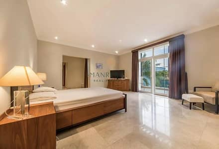5 Bedroom Villa for Sale in Emirates Hills, Dubai - Full Lake View   Premium Sector E   Priced to Sell