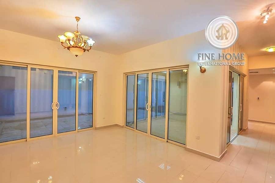 #For_Sale Villa | 4 BR | Located on Corner |