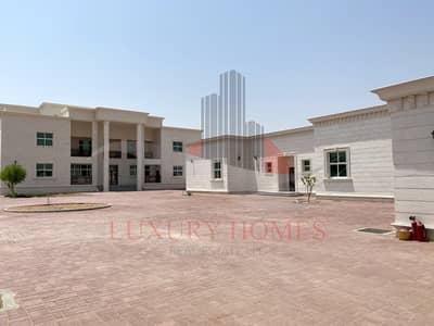 16 Bedroom Villa for Rent in Al Khalidiya, Al Ain - Outstanding Villa 2 Separate Majlis and Elevator