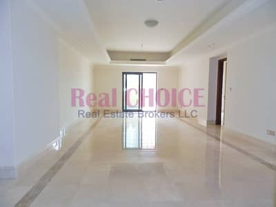 3 Bedroom Townhouse for Sale in Palm Jumeirah, Dubai - Spacious 3BR Triplex Townhouse | Sea Views