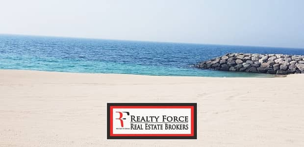 Plot for Sale in Jumeirah, Dubai - HUGE RESIDENTIAL G+1 PLOT | BEACH FACING
