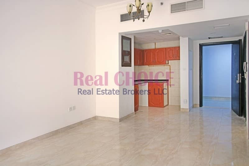 Unfurnished 1BR Apartment|Vacant and Ready-to-Move