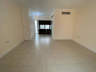 Studio for Rent in Between Two Bridges (Bain Al Jessrain), Abu Dhabi - Amazing  studio flat for rent -  Hurry up