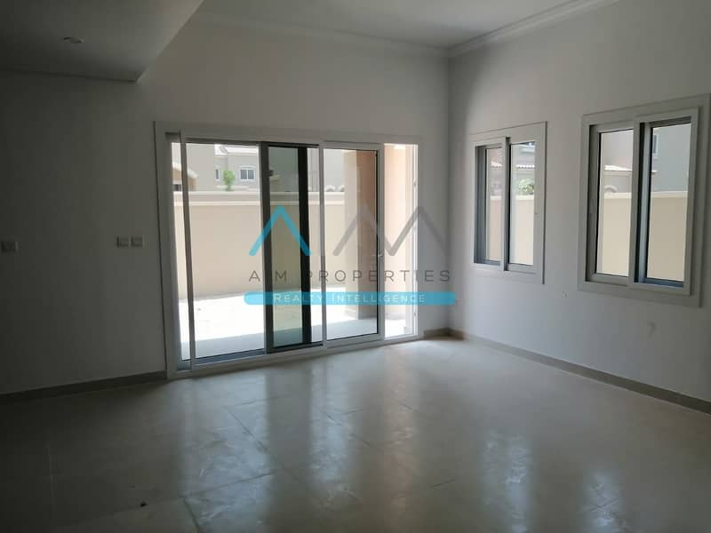 2 Single Row Corner 3BHK+Maids in CASA DORA