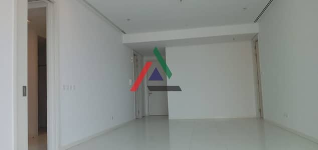 3 Bedroom Apartment for Rent in Corniche Area, Abu Dhabi - Great deal on 3 bed apartment + maids room for rent at WTC