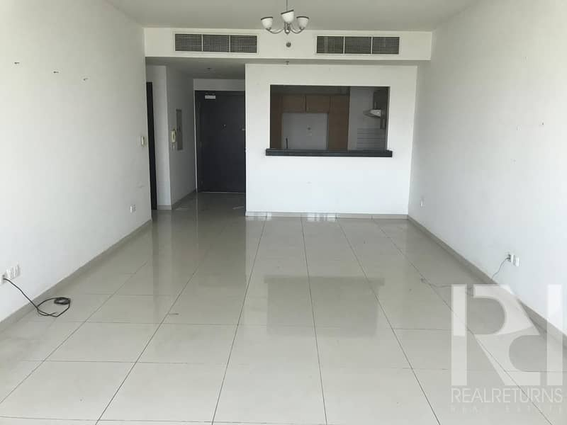 2 3Beds For sale + Maid room Semi closed kitchen [JN]