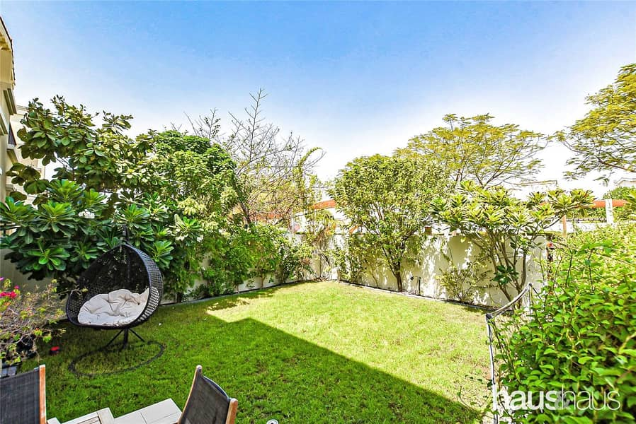 2 Exclusive | Pool backing | Upgraded | Landscaped