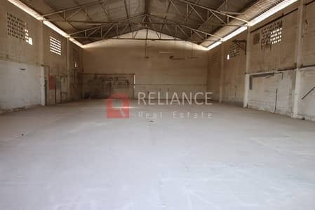 Warehouse for Rent in Industrial Area, Sharjah - GOOD PRICE! 5000 SQFT WAREHOUSE IN SHARJAH INDUSRTRIAL AREA 1