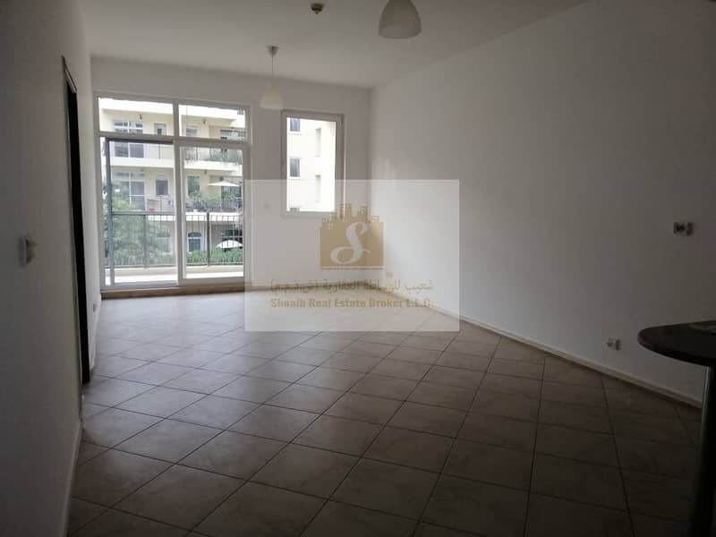 2 MOTOR CITY    BRIGHT 1BR FOR RENT   COMMUNITY VIEW
