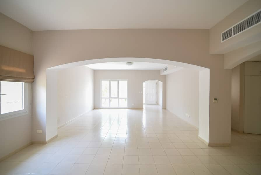 2 Exclusive | 5 Bed+maids | Ready To Move In Genuine