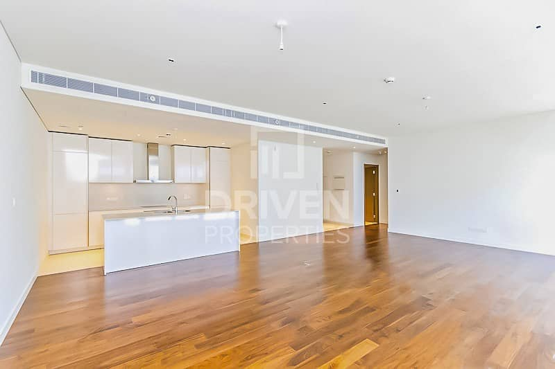 15 Spacious 1 Bedroom Apartment with Pool View