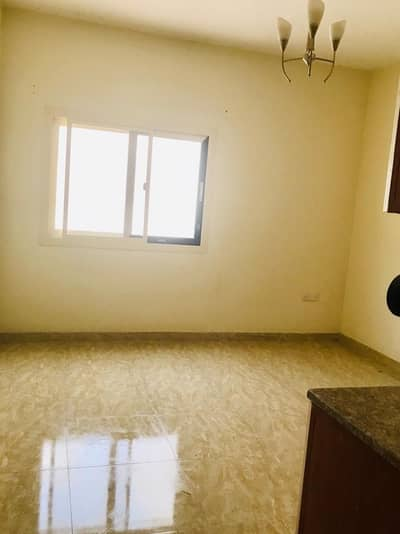 Building for Sale in Al Ghuwair, Sharjah - Building in Ghuwair for Sale I income: approx. 280k I Fantastic location.