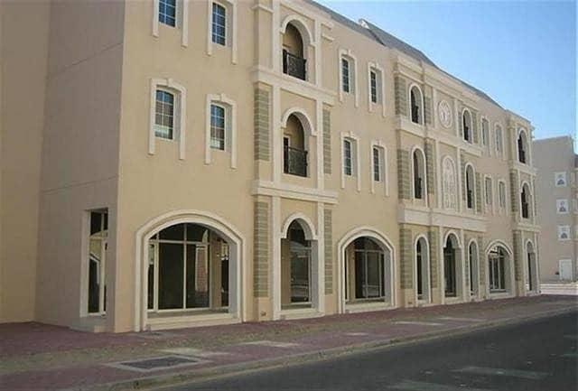 شقة في الحي الفرنسي المدينة العالمية 1 غرف 310000 درهم - 4720261
