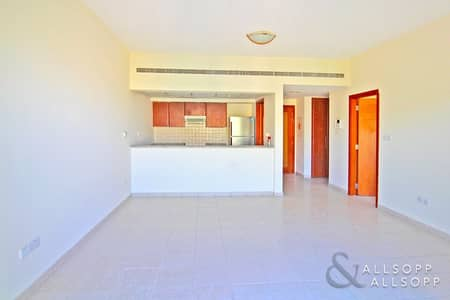 1 Bedroom Apartment for Sale in The Greens, Dubai - One Bedroom | Street Facing | Vacant Now