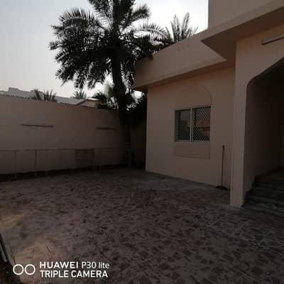 3  BEDROOM , HALL, MAJLIS  BIG WILLA IS AVAILABLE IN 65K 4 CHQs  IN AL JAZZAT SHARJAH