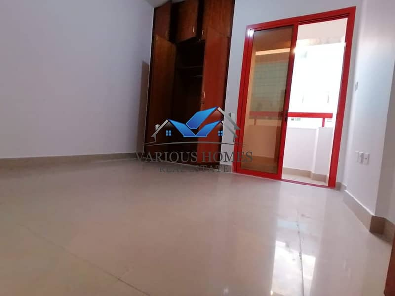 2 Spacious 1Bhk 40k 4 Payment Central Ac Delma Street